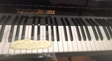 Tutorial Klavierunterricht Anfänger: Eintauchen in die Taste